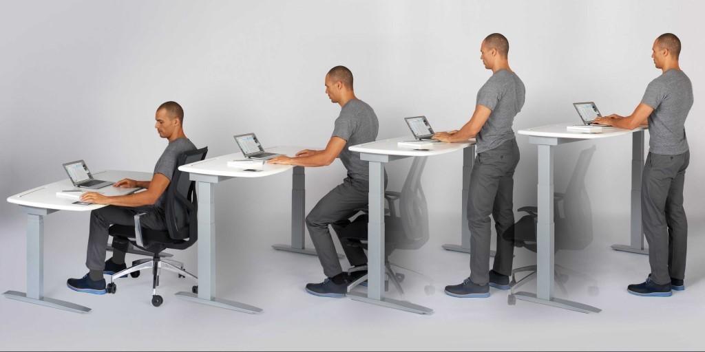 bureau assis debout