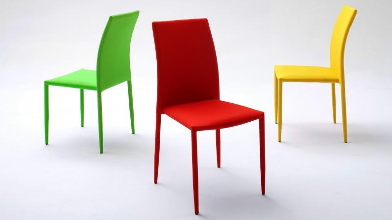 chaise de couleur
