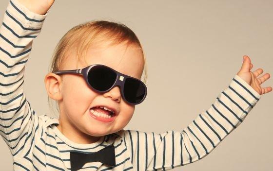 lunette de soleil pour bébé