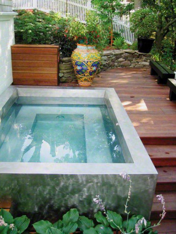 petite piscine hors sol